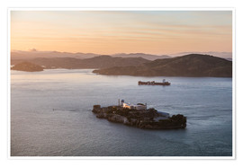 Premium poster  Alcatraz island in the bay of San Francisco - Matteo Colombo