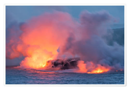 Poster Lava Flowing into the Pacific Ocean on Big Island, Hawaii