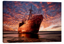 Canvas print  Abandoned ship at sunset - Jaroslaw Blaminsky