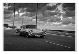 Premium poster Classic Cuban Car in black and white