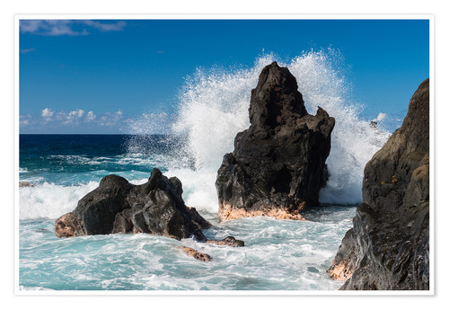 Premium poster Waves breaking at a Rock on La Reunion