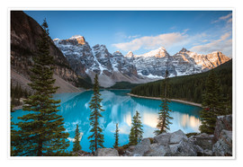 Premium poster  Sunset over lake Moraine, Banff, Canada - Matteo Colombo