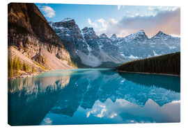 Canvas  Sunset over Moraine lake, Banff, Canada - Matteo Colombo