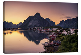 Canvas  Sunset in Reine, Lofoten, Norway - Dennis Fischer
