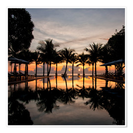 Premium poster Luxury infinity pool on the Gulf of Thailand
