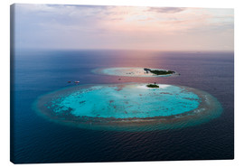 Matteo Colombo - Islands at sunset in the Maldives