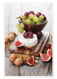 Premium poster  Camembert cheese with figs, nuts and grapes