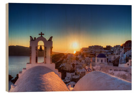 Wood print  Church of Oia at sunset, Santorini - Circumnavigation