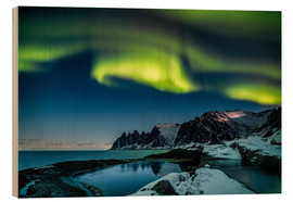 Wood print  Aurora Borealis above the island of Senja (Northern Norway) - Sascha Kilmer