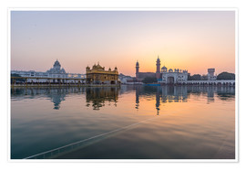 Premium poster  The Golden Temple at sunrise, Amritsar, India - Fabio Lamanna