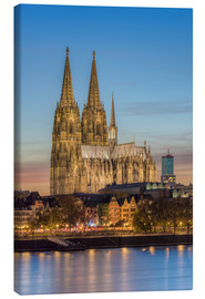Canvas print  The Cologne Cathedral in the evening - Michael Valjak