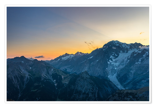 Premium poster Monte Bianco or Mont Blanc at sunrise, italian side