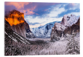 age fotostock - Winter sunset over Yosemite Valley from Tunnel View, Yosemite National Park, California USA.