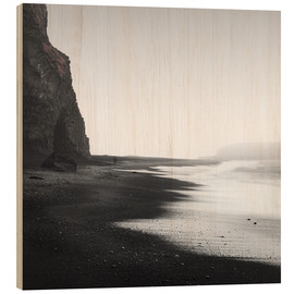 Wood print  Black beach in Iceland - Philipp Dase