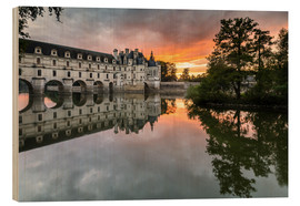 Wood print  Castle Chenonceau reflects in the Loire at sunset - Francesco Vaninetti