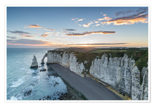 Premium poster Dawn at the chalk cliffs of Normandy, France