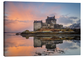 Canvas  Dawn at Eilean Donan Castle - Andrew Sproule