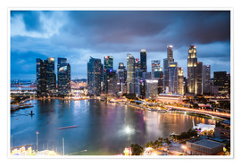 Premium poster  Singapore skyline at dusk - Matteo Colombo