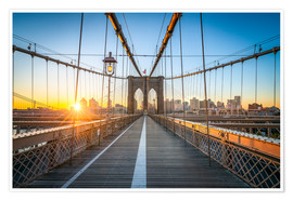 Premium poster  Brooklyn Bridge at sunrise in front of the Brooklyn skyline - Jan Christopher Becke