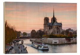 Wood print  Sunset over Notre Dame, Paris - Matteo Colombo